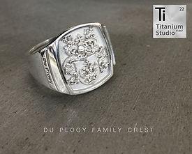 family-crest-rings2.jpg