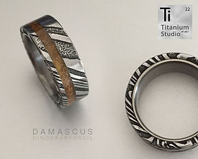 damascus-steel-ring-with-dinosaur-fossil