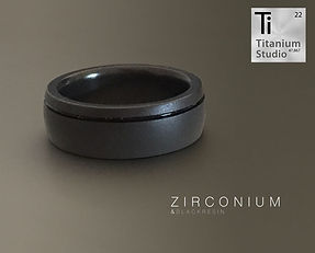 black-zirconium-ring-with-black-resin-li