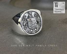 van-der-walt-family-crest-rings.jpg