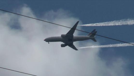 A Boeing-777 dumping caught on film dumping fuel mid flight.