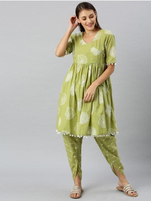 Womens Green and White Bandhani Print Dhoti Style Kurta