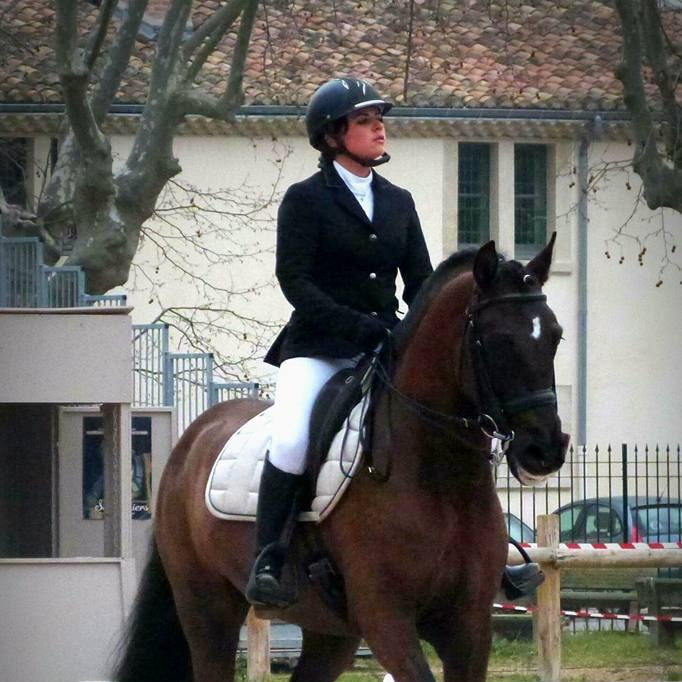 Aude en dressage_edited
