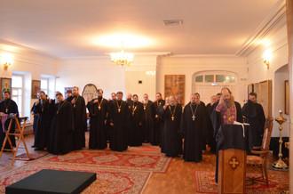В нашем монастыре 04.04.17        прошла исповедь священства, которую провел Владыка Варнава