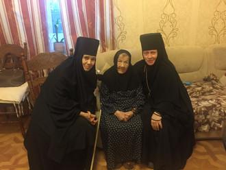 Последние фотографии первой настоятельницы монастыря (после разрушения) схимонахини Ирины