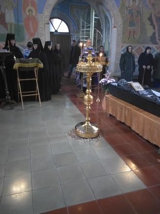 Похороны инокини Георгии бывшей насельницы монастыря                            в Дальне-Давыдовском