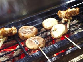大阪難波の焼き鳥といえば『味鳥』へ