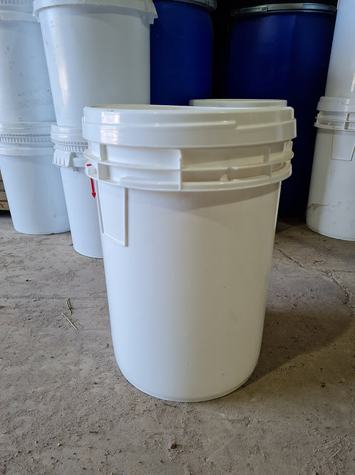 Plastic ScrewTop 60L Bucket