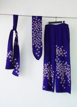POLYESTER_Murasaki_2_foulard_40_30__1_pantalon_-50€