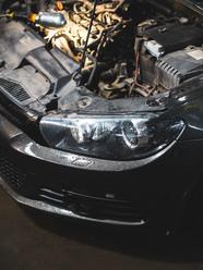 car-engine-and-worklight-damir-kopezhano