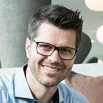 Headshot of Thomas Jakob, CBO Platform Business at PostFinance & Co-Founder of Valuu.