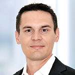 Headshot of Roger Stettler, Global Head Consulting & Credit at Additiv.