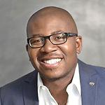 Headshot of Tim Akinnusi, CEO at MortgageMarket