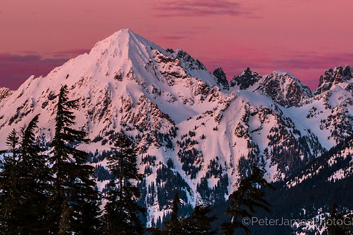 Alpenglow on Mount Larabee