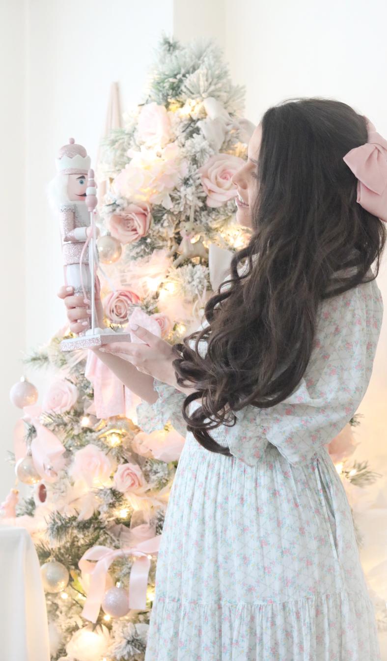 FEELING LIKE CLARA FROM THE NUTCRACKER IN THIS BEAUTIFUL LOVESHACKFANCY DRESS..