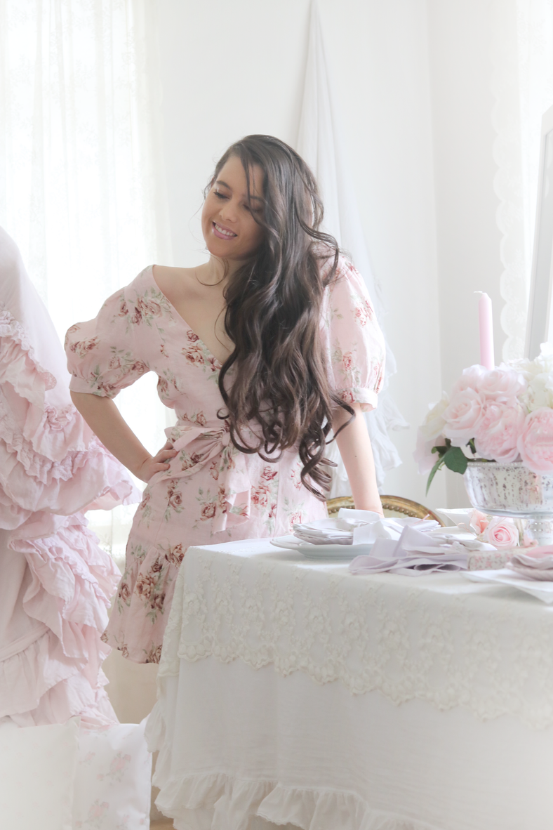 WHERE TO SHOP THE MOST BEAUTIFUL FLORAL DRESSES FOR FALL..