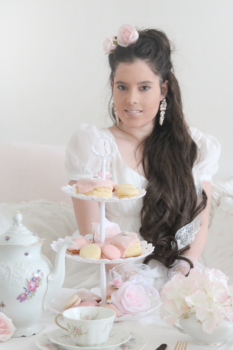 HOW TO CREATE A SHABBY CHIC INSPIRED HIGH TEA INSPIRED BY THE BRIDGERTON SERIES..