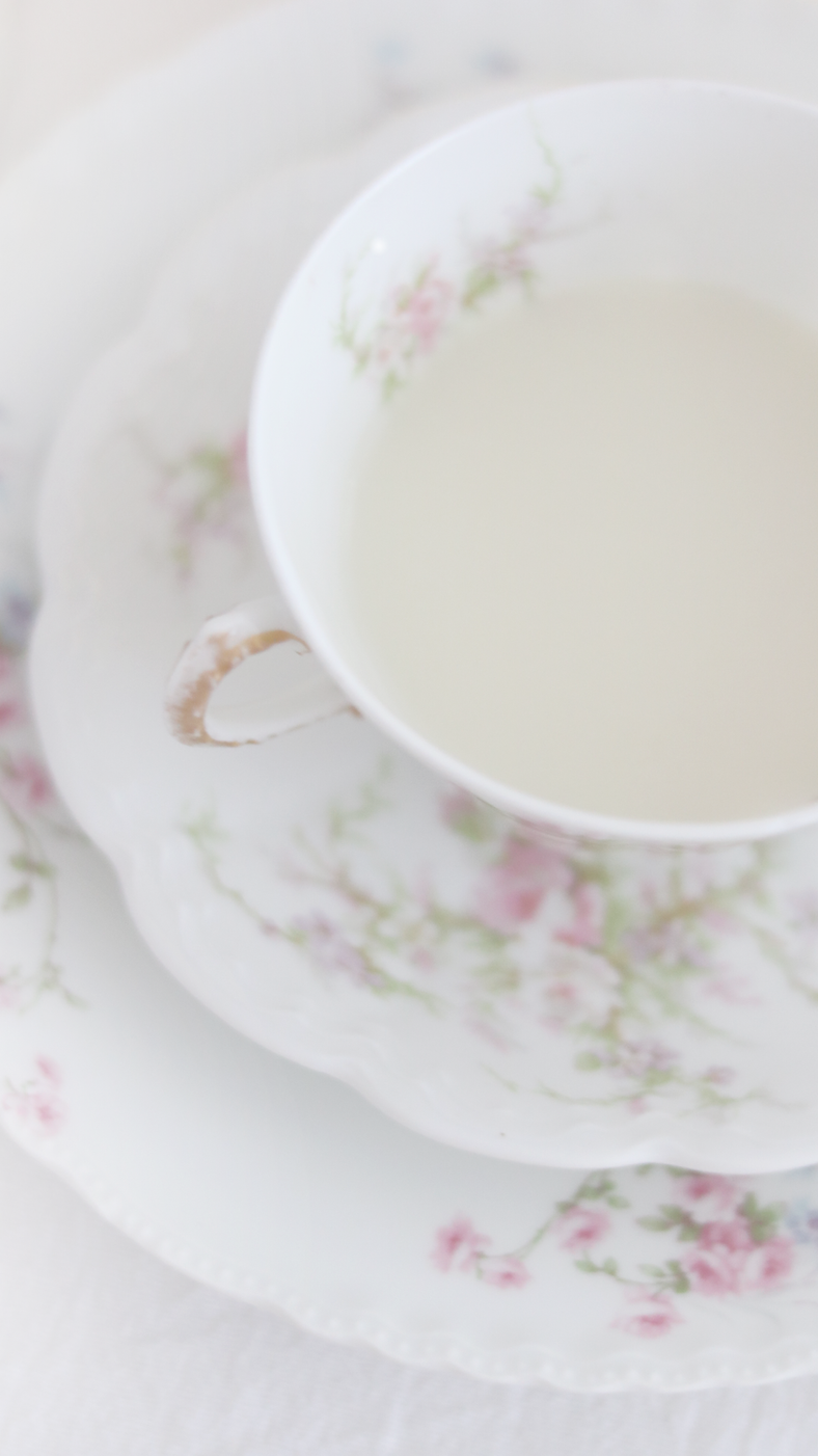 HOW TO CREATE A WONDERFUL AFTERNOON TEA INSPIRED BY EMMA WOODHOUSE..