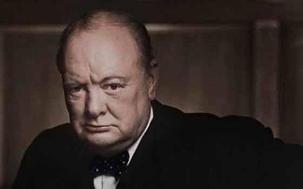 37.-Winston-Churchill-PHOTO-e14589018556