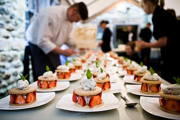 Event Catering, Catering to large numbers