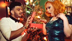 "Jinkx Monsoon ""Red & Green"" video"