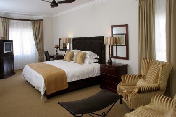 room1 (1).jpg