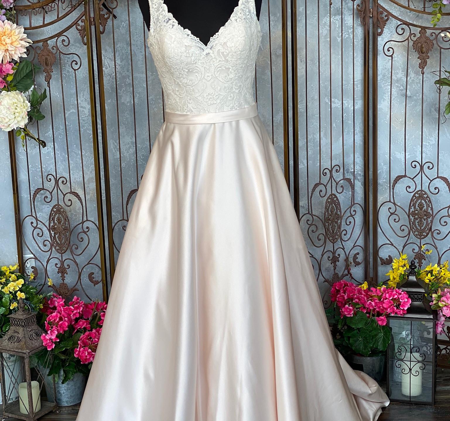 Allure Romance 2951 Dress Front
