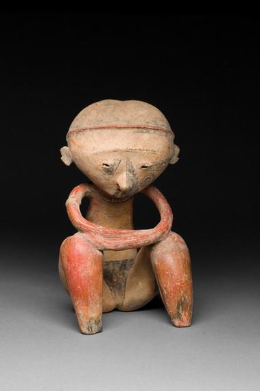 """Istuva """"chinesco""""-hahmo / Sittande """"chinesco"""" figur / Seated """"Chinesco"""" figure"""