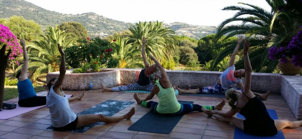 Sini Länsivuori Salon de Danse and Yoga Retreat in Corsica 4.jpg