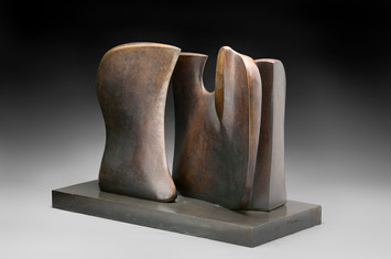 Henry Moore: Two piece knife edge