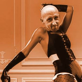 Bald Man Sings Rihanna