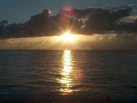 zonsondergang79_edited.jpg