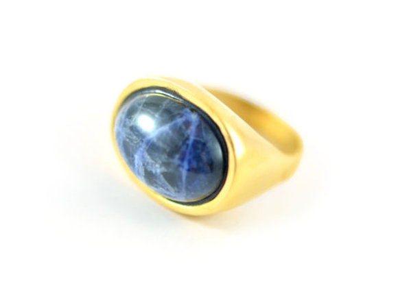 Oval Ring With Sodalite gem