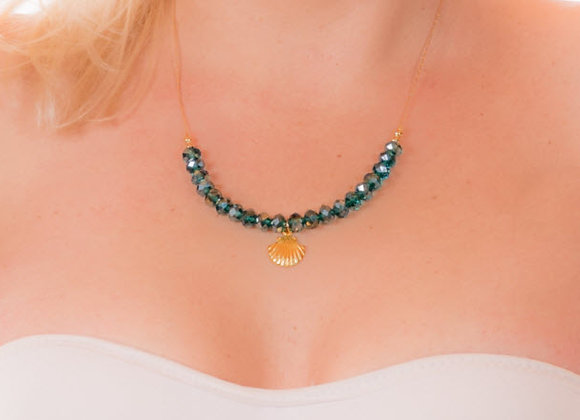 Sea Shell Necklace With Crystals
