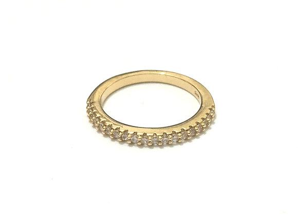 טבעת משובצת אבנים