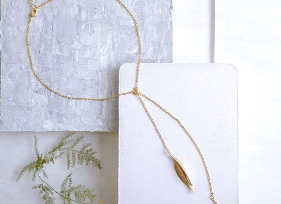 Long Leaves Necklace