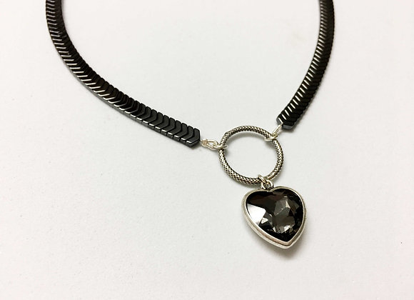 Heart Pendant Choker Necklace