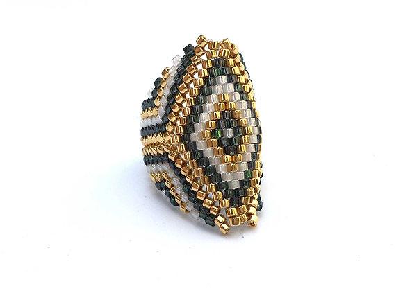 טבעת מעויין ירוק