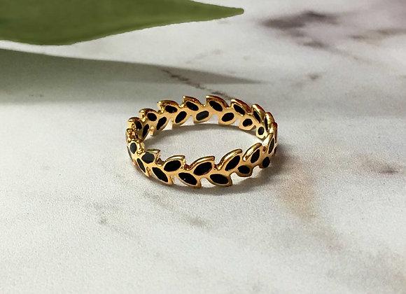 טבעת אלה בשחור