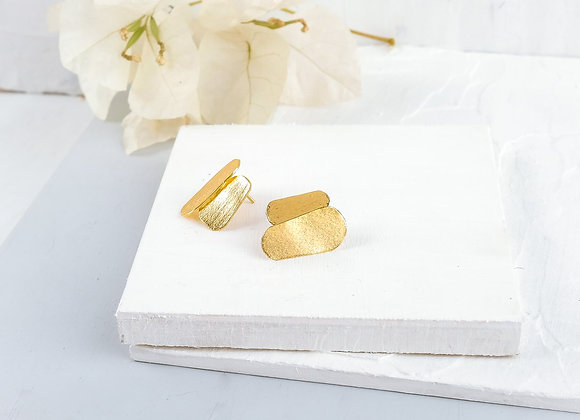 Elegant Gold Stud Earrings