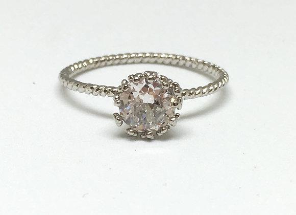טבעת כסף עם קריסטל שקוף