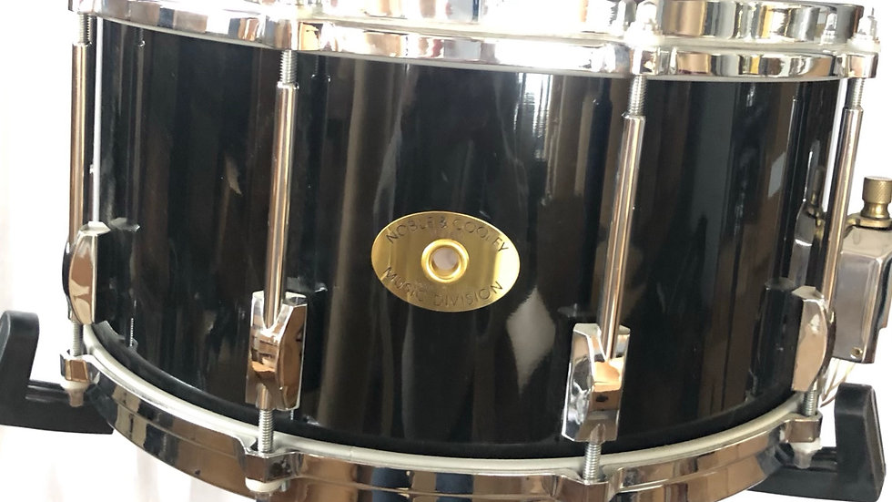 6-1/2x14 Star, 8-Ply, Black Lacquer