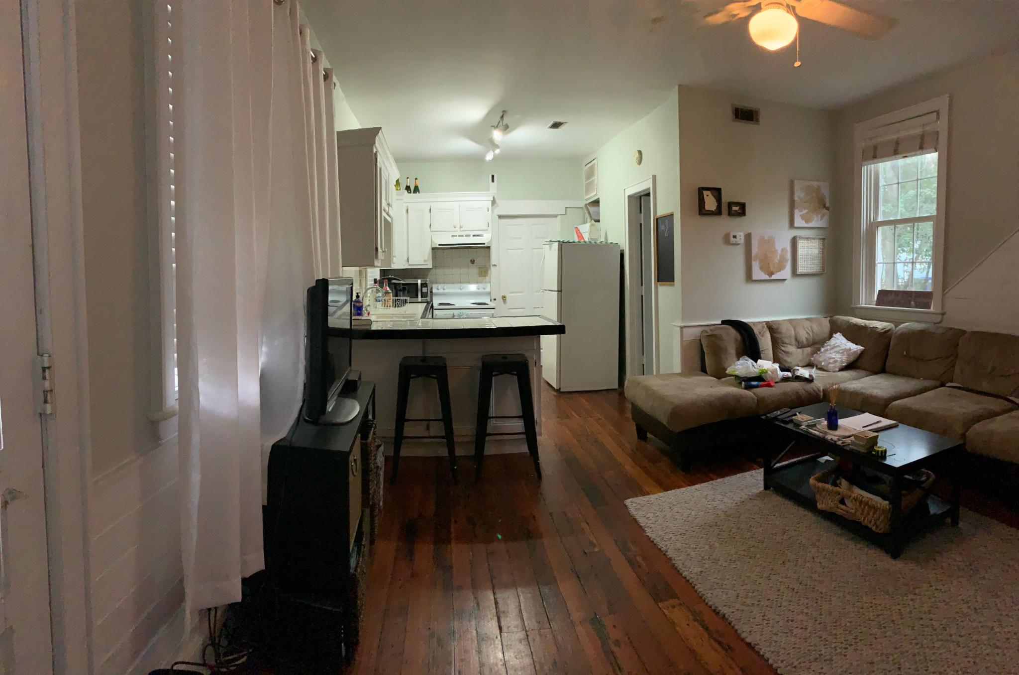 163.5 A Coming Street living area