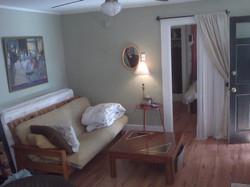 42 B Wentworth living room