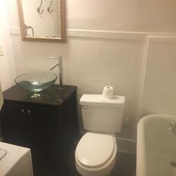 42 G wentworth bathroom 2
