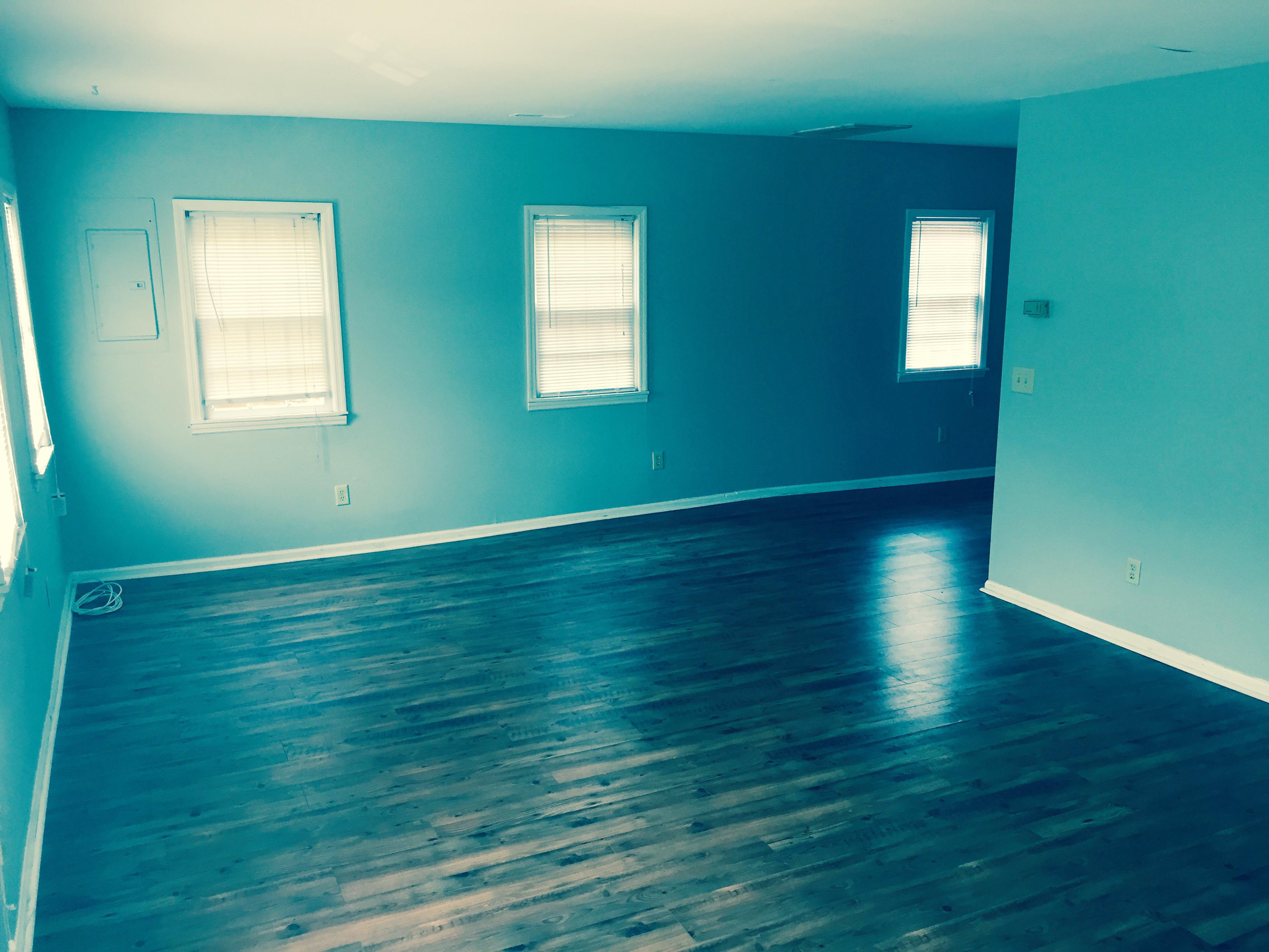 6 Ducan Living Room