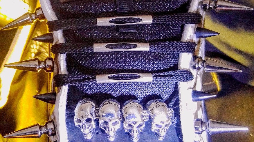 """Add """"Stainless Steel Skull-Lacing System"""""""