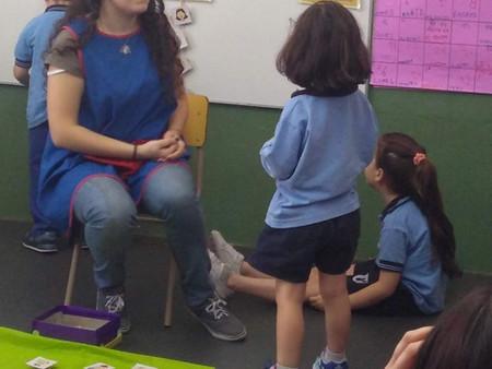 Compartimos con ustedes algunas fotos y videos de las clases abiertas de inglés de Jardín.