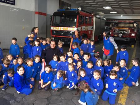 Visita a los Bomberos Voluntarios de Vicente López
