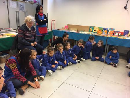 La Feria de Libros Revueltos se acercó a nuestros alumnos de Jardín!!!!!